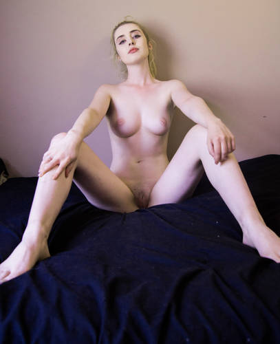 photographer AngryWhopper open leg modelling photo with Not on AdultFolio
