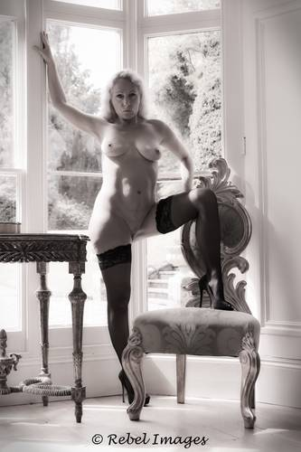 photographer RebelImages art nude modelling photo. elegance in the library.