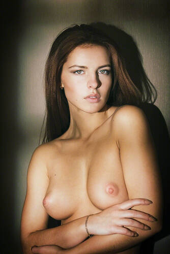 photographer Flynn topless modelling photo with Not on AdultFolio