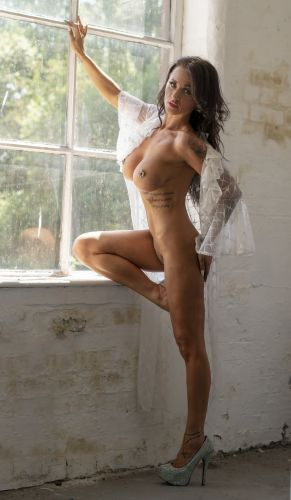 model Miss Stormxxx art nude modelling photo
