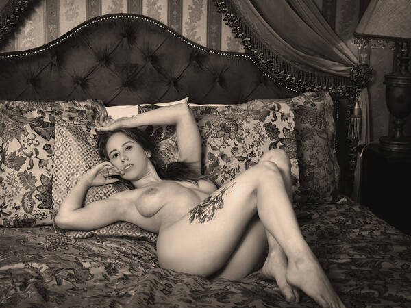 photographer mikerogers art nude modelling photo with Not on AdultFolio