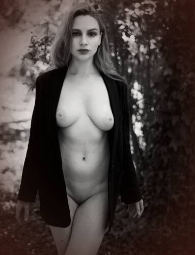 photographer Stenning art nude modelling photo with Not on AdultFolio