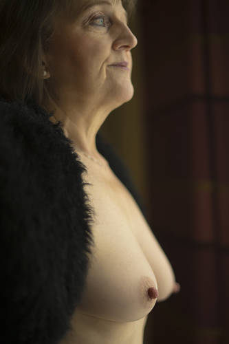 photographer Newbiese topless modelling photo with Not on AdultFolio
